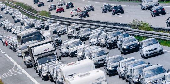Автобаны Германии станут платными для иностранцев
