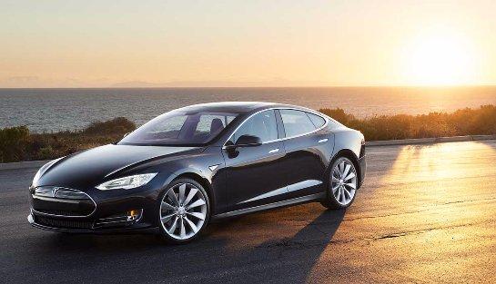 Эксперты считают, что владельцев Tesla не заботят вопросы качества