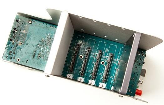 NAS GnuBee GB-PC1 поддерживает несколько дистрибутивов, пригодных для создания хранилища
