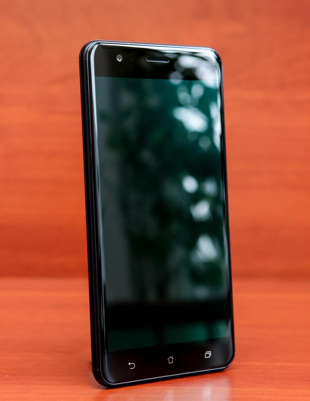 Обзор двухкамерного смартфона ASUS ZenFone 3 Zoom - 15