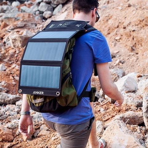 Солнечную энергию — в каждый рюкзак. Обзор зарядного устройства Anker Solar Charger 21Вт - 1