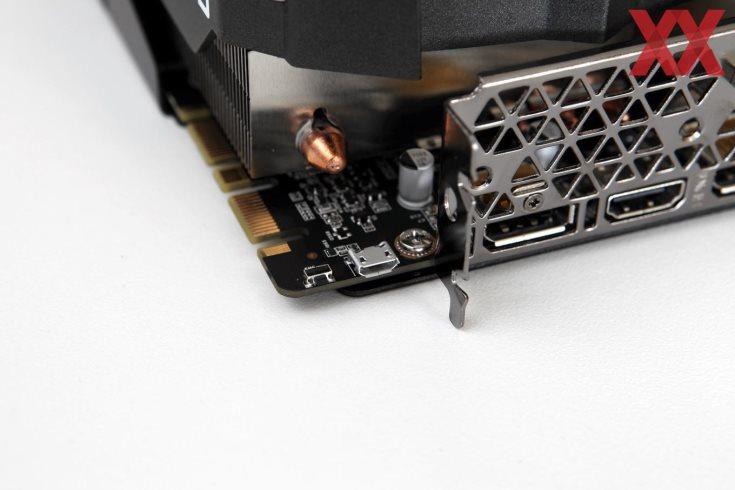 Конструкция системы охлаждения этой 3D-карты включает три вентилятора