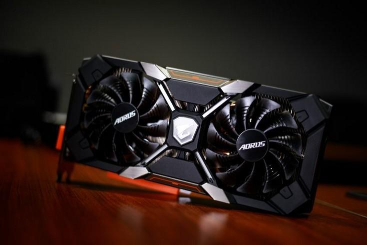 Появились изображения карт Radeon RX 580 и RX 570 в оригинальном исполнении