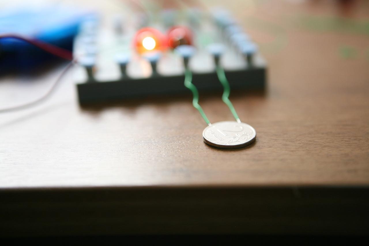 Набор «Мастерская электричества» для детей: коллекция из 22 забавных geek-фокусов - 15