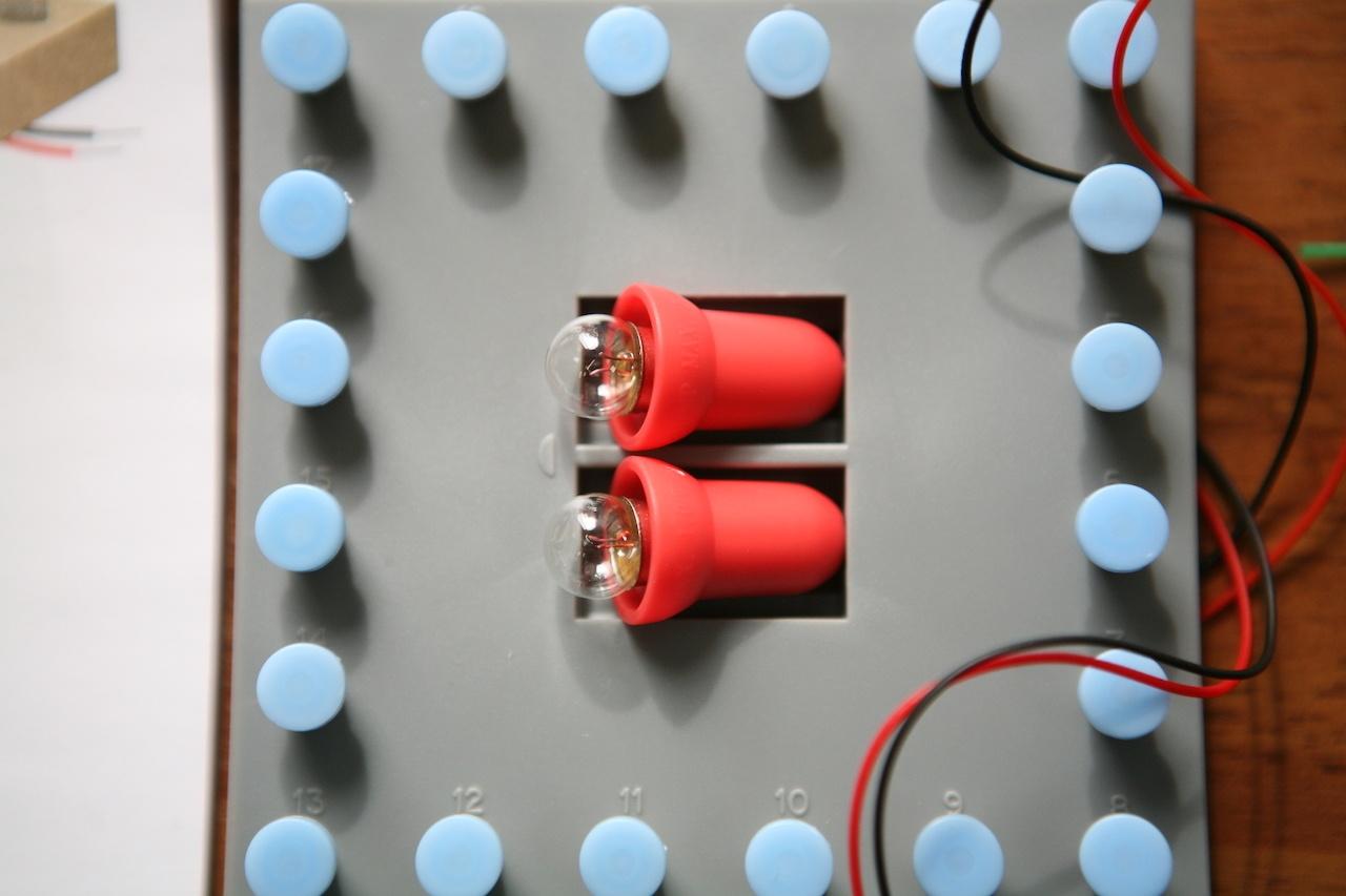 Набор «Мастерская электричества» для детей: коллекция из 22 забавных geek-фокусов - 9