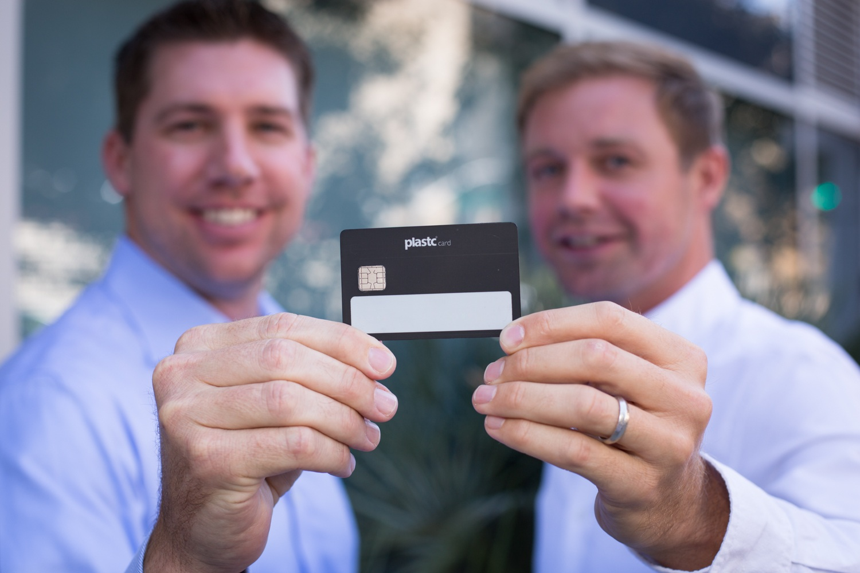 Разработчик «умных» кредиток Plastc собрал предзаказов на $9 млн и объявил о банкротстве - 4