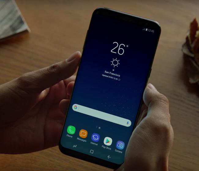 В магазинах наблюдается нехватка смартфонов Samsung Galaxy S8 в цветах Midnight Black и Orchid Gray