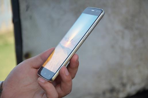 Vkworld S3 — 50-долларовый смартфон с гостевым режимом, дисплеем AOC и ОС Android 7.0