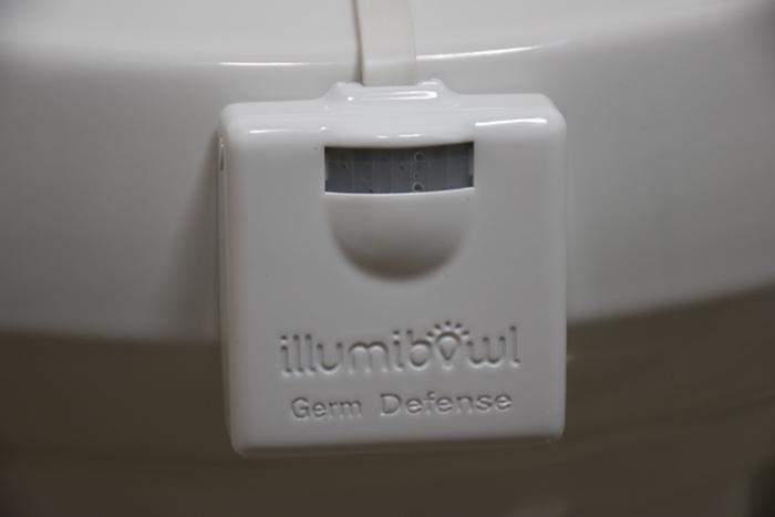 Подсветка для унитаза IllumiBowl борется с микробами