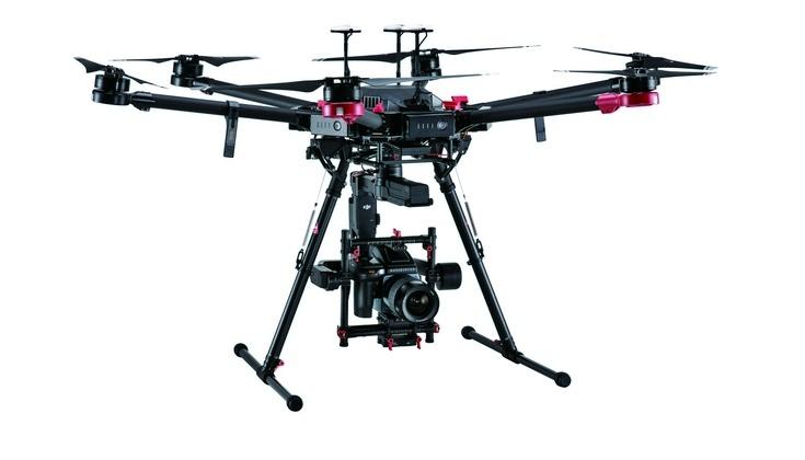 Дрон DJI M600 Pro оснащён камерой Hasselblad H6D-100c