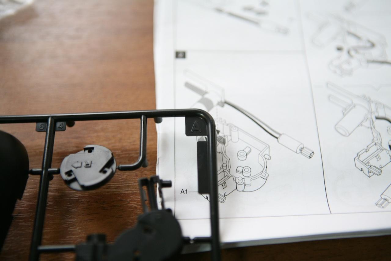 Пингвин на солнечных батареях: забавный конструктор «один в одном» - 4