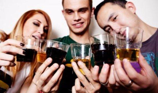 Алкоголь влияет на сердечную деятельность
