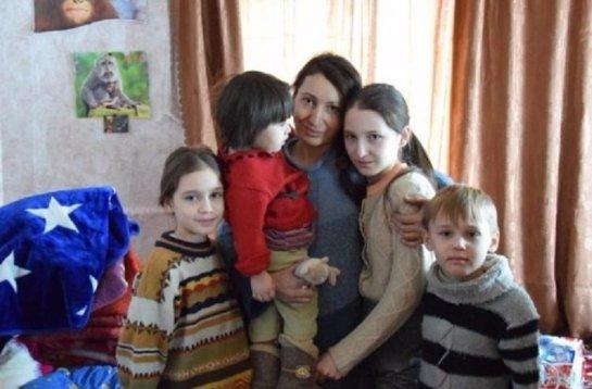 Женщины с детьми живут беднее, чем те,у которых нет детей
