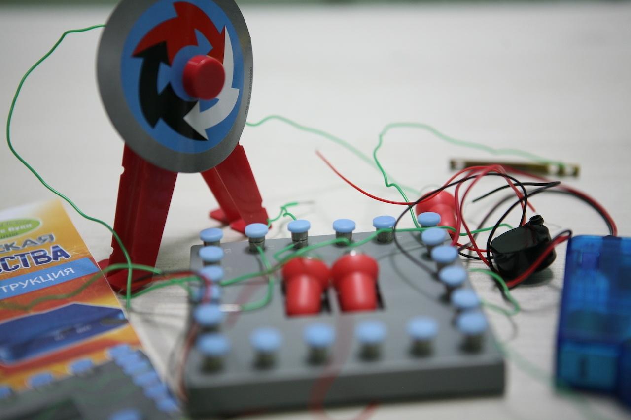 Подборка детских электронных конструкторов для первых опытов - 7