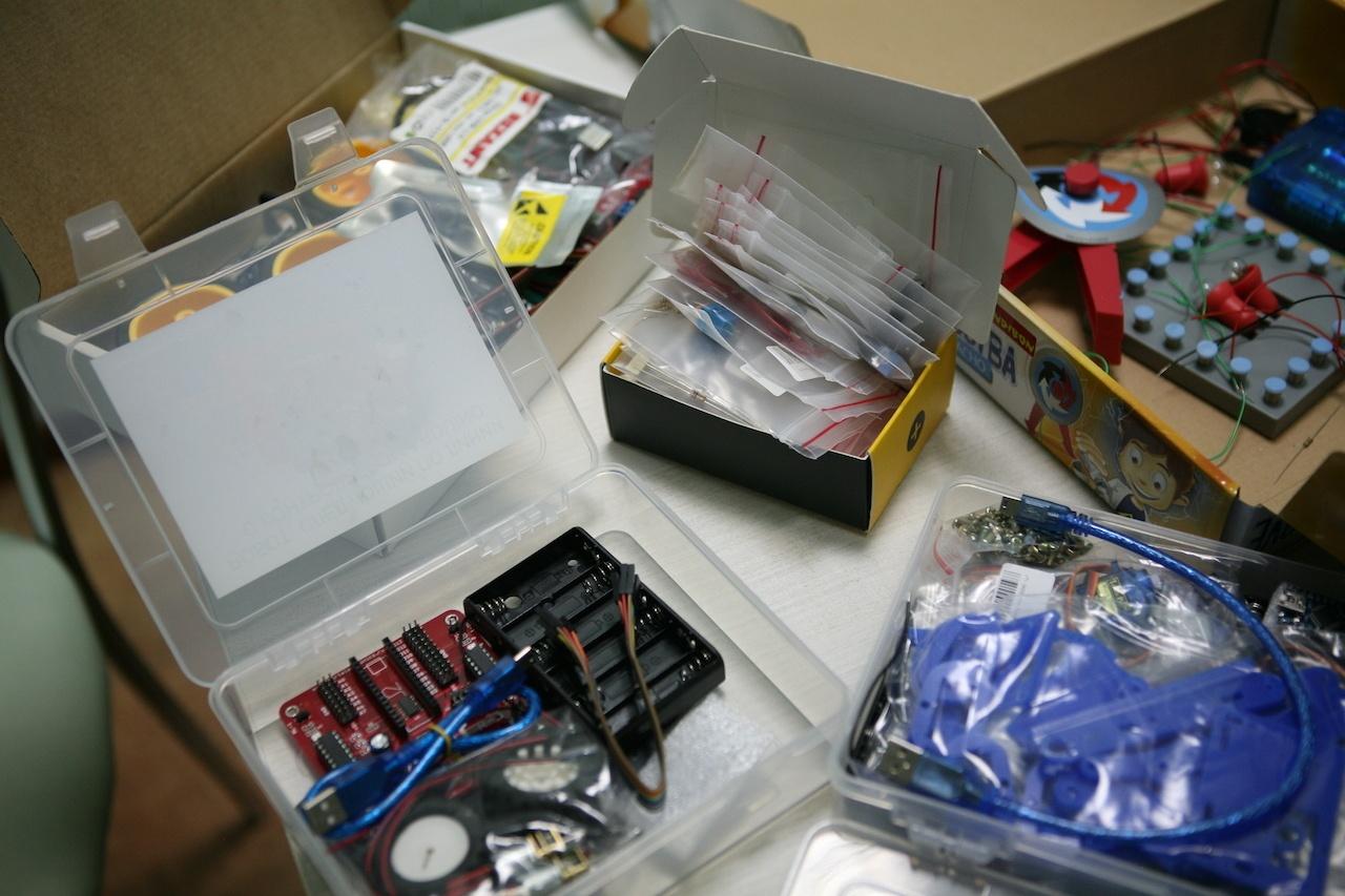 Подборка детских электронных конструкторов для первых опытов - 1