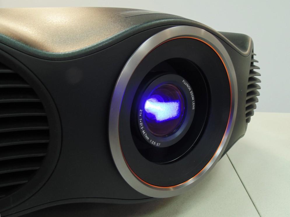 Как выбрать проектор для дома? Обзор линейки домашних проекторов Epson 2017 года - 10