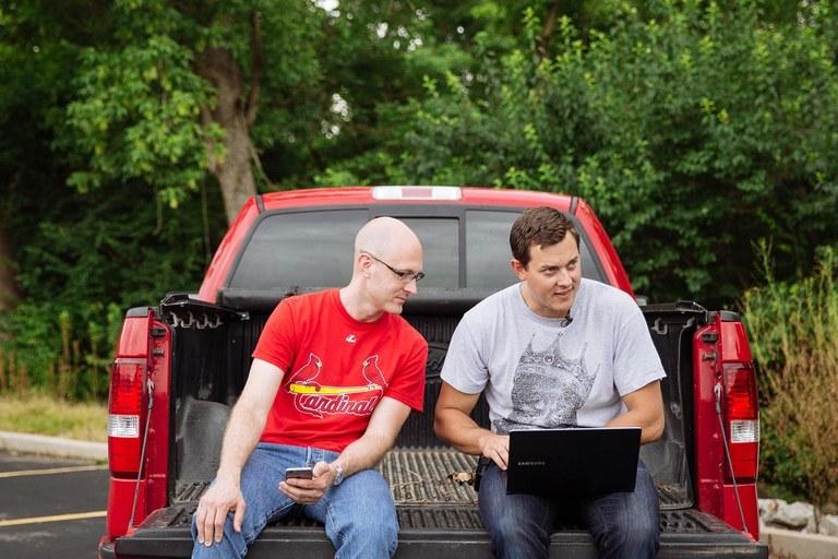 Миллер и Валасек опубликовали всю информацию для взлома автомобилей - 1