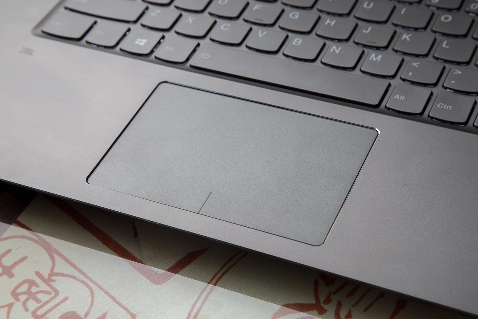 Универсальный Йог. Обзор ноутбука-трансформера Lenovo Yoga 720 - 17