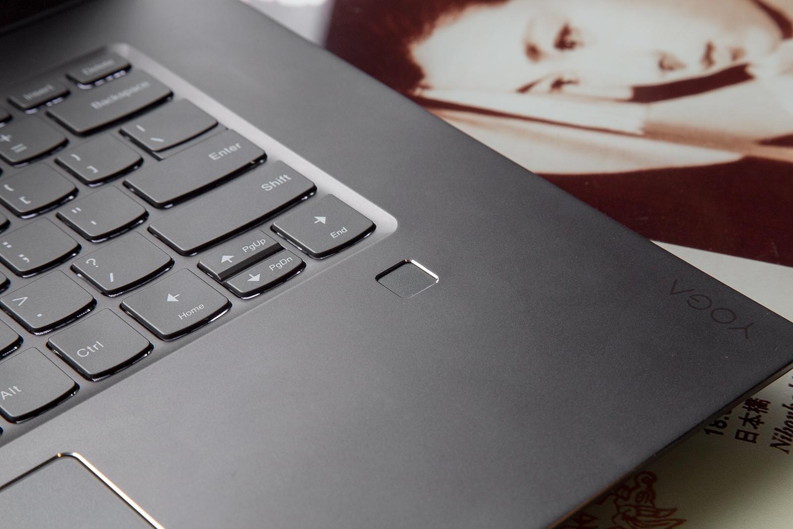 Универсальный Йог. Обзор ноутбука-трансформера Lenovo Yoga 720 - 18