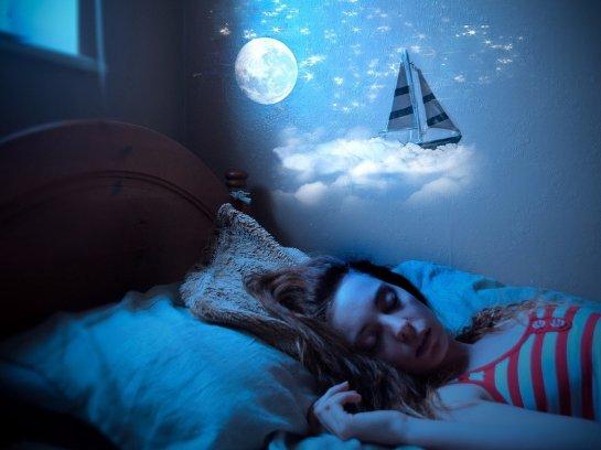 Ученые из США рассказали, как создать условия для идеального сна