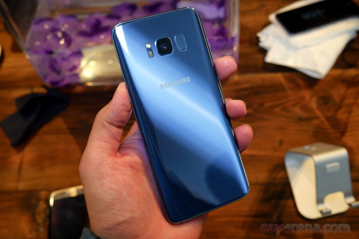 Лидером рынка остается компания Samsung