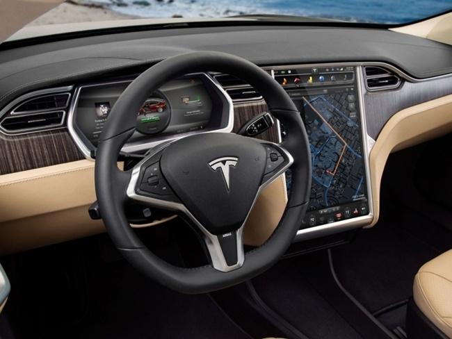 Уже в июне автопилот электромобилей Tesla станет работать значительно лучше