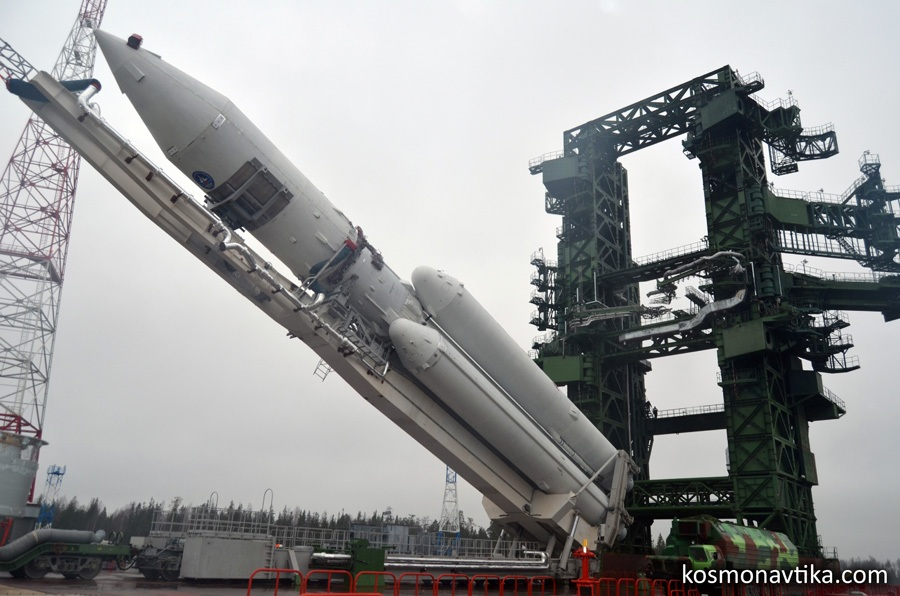 Зачем стране нелетающая ракета и пустой космодром - 7