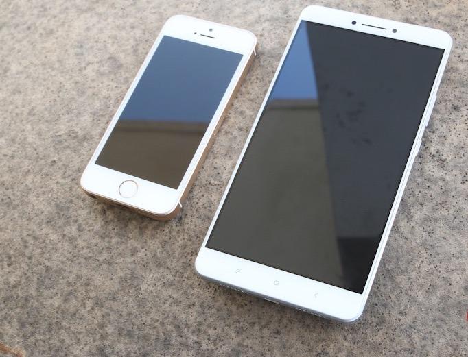 IDC оценили рынок смартфонов в зависимости от размера