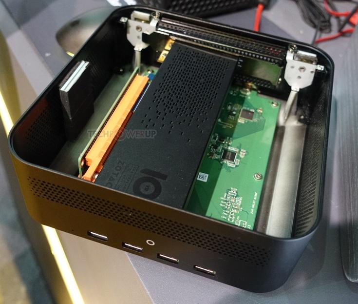 Помимо слота PCIe 3.0 x16, в Zotac Thunderbolt 3 External Box есть слот M.2 32 Гбит/с и четыре порта USB 3.0