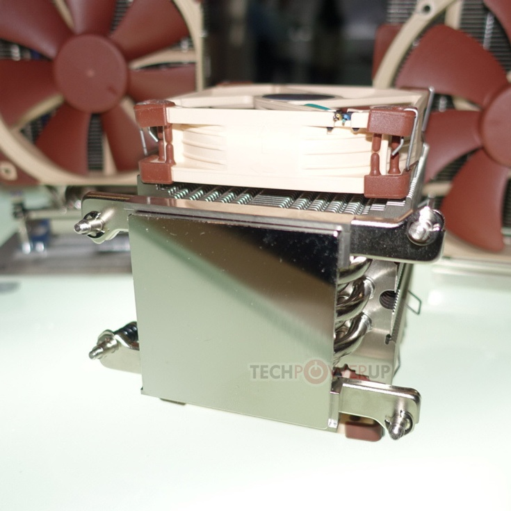 За основу производитель взял уже выпускаемые модели Noctua NH-U14S, NH-U12S и NHU9
