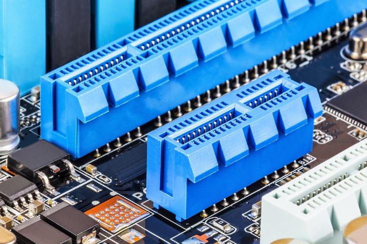 В спецификации PCI Express 4.0 Revision 0.9 закреплена скорость 16 GT/s