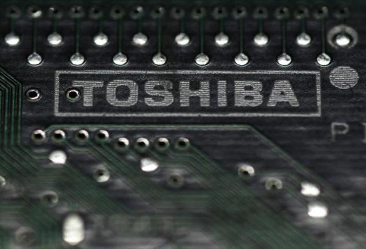 Покупатель заплатит за полупроводниковый бизнес Toshiba не менее 18 млрд долларов