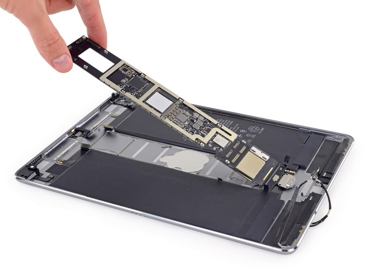 Новый  Apple iPad Pro заработал у iFixit лишь два балла