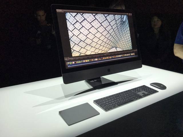 Топовая версия Apple iMac Pro будет стоит ощутимо больше 15 000 долларов