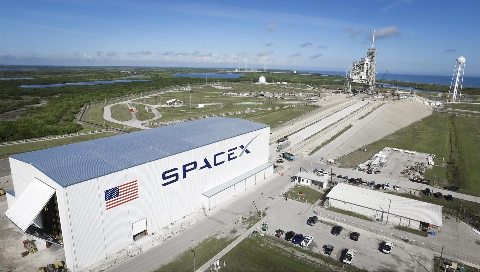 Военные США оценили низкую стоимость отправки грузов в космос транспортом от SpaceX - 1