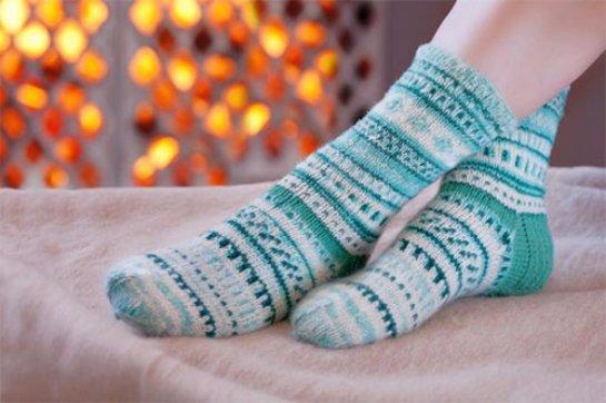 От бессонницы помогают одетые на ночь носки