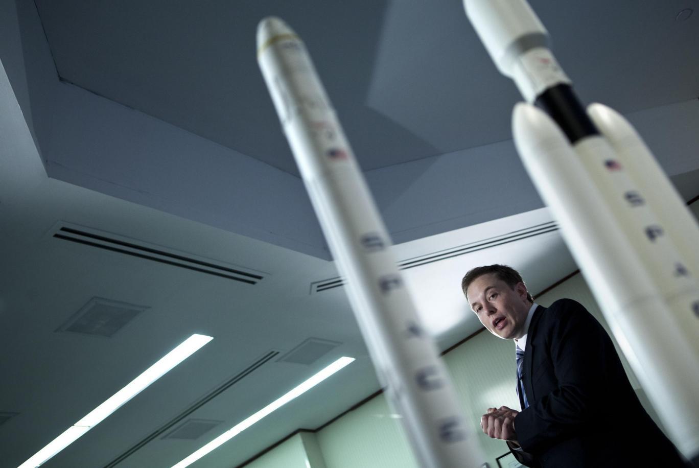 Илон Маск рассказал о том, как ему удается быть таким продуктивным - 1