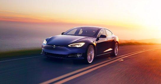 Tesla будет собирать авто в Китае