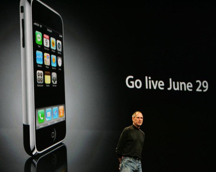 Первая модель Apple iPhone продавалась не слишком хорошо