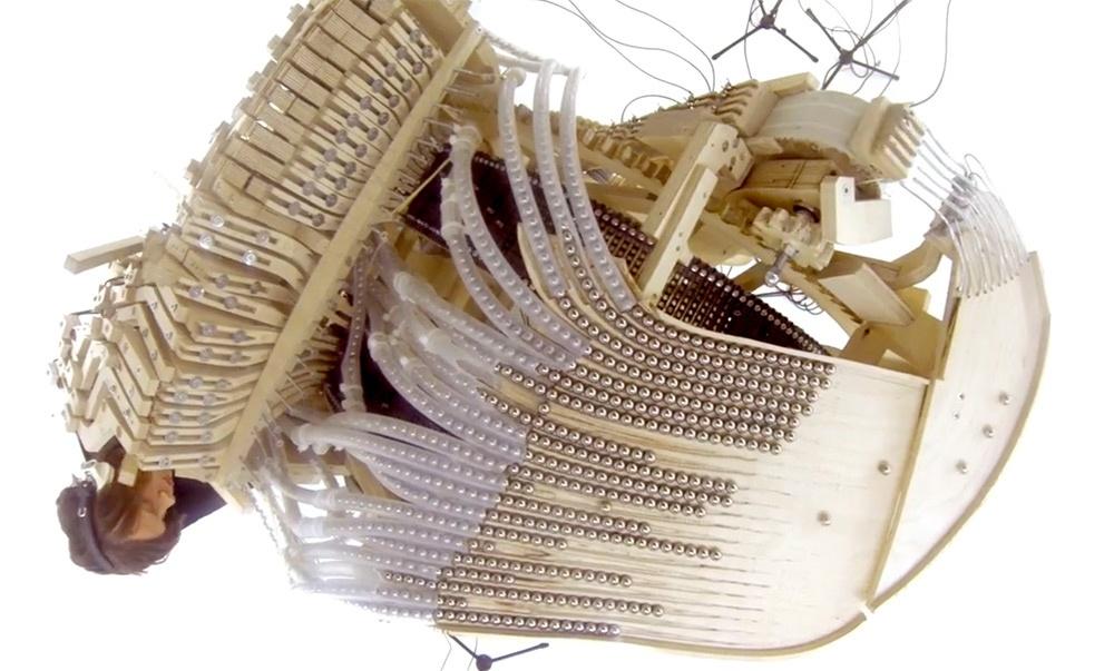 Музыкальная DIY-шайтан-машина или что сделал шведский музыкант с двумя тысячами шариков - 3