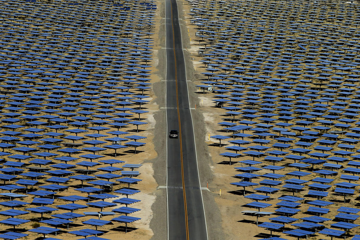 Калифорния платит соседним штатам, чтобы они забрали лишнюю электроэнергию от солнечных электростанций - 4