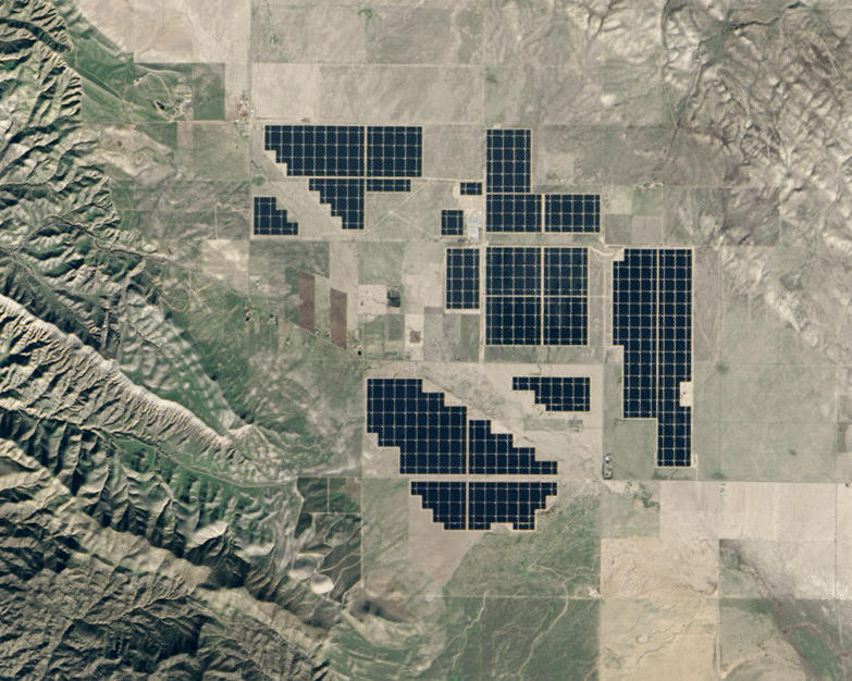 Калифорния платит соседним штатам, чтобы они забрали лишнюю электроэнергию от солнечных электростанций - 1