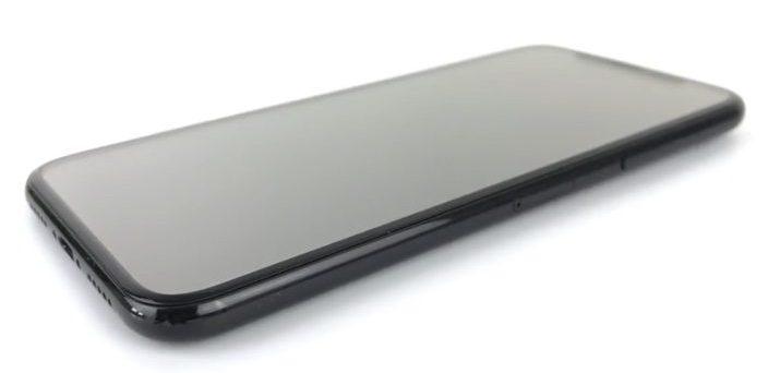 iPhone 8 должен получит систему трехмерного распознавания лиц пользователей и дисплей с частотой 120 Гц