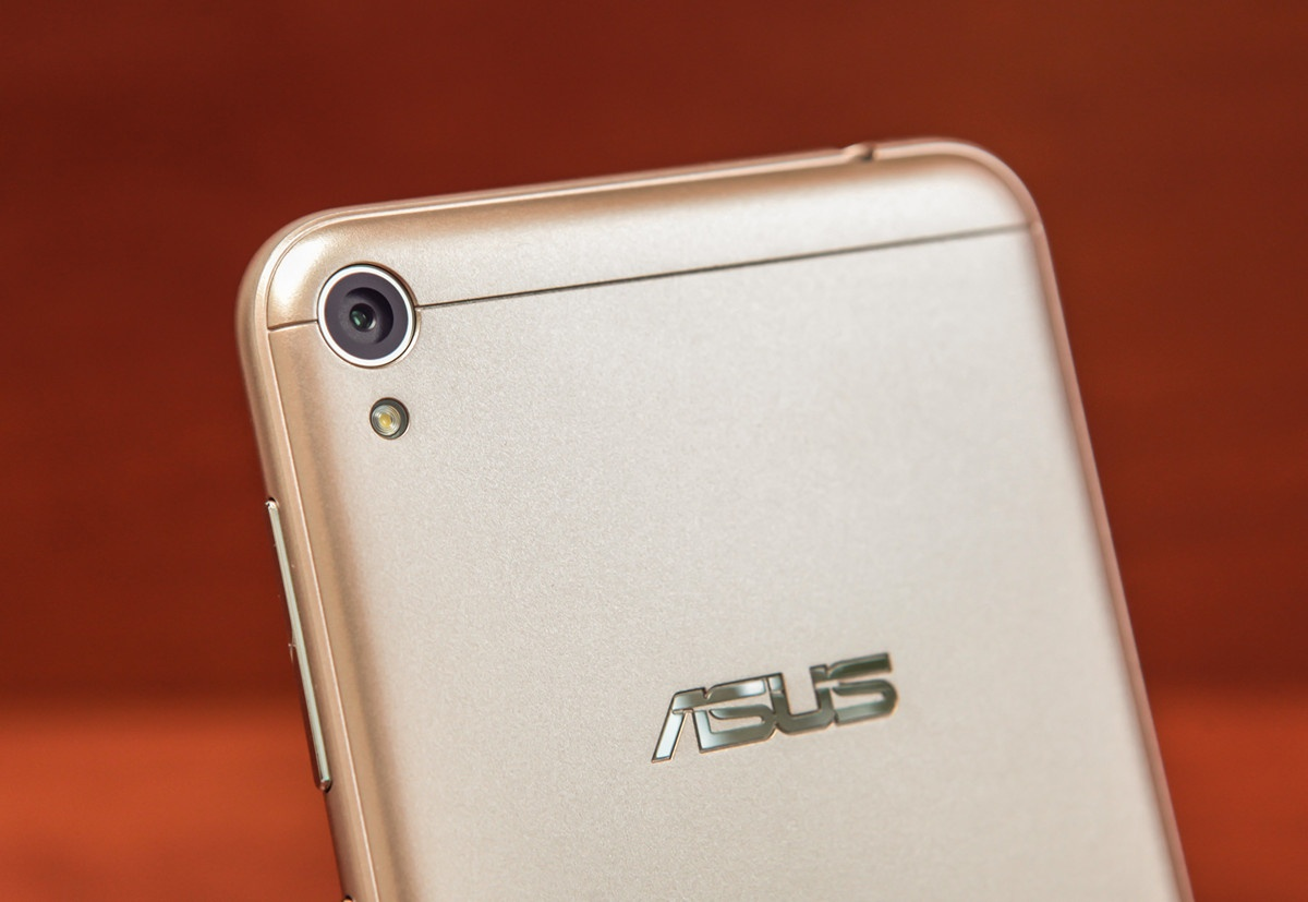Обзор смартфона ASUS ZenFone Live - 13