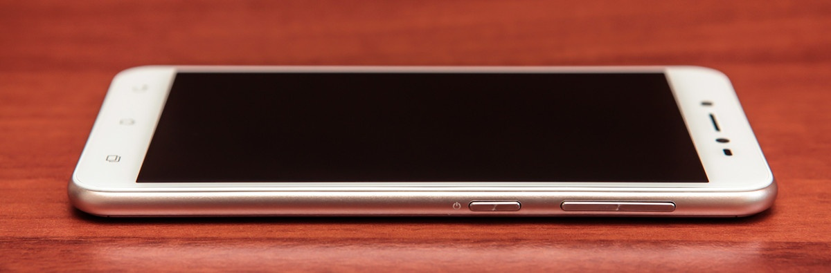 Обзор смартфона ASUS ZenFone Live - 16