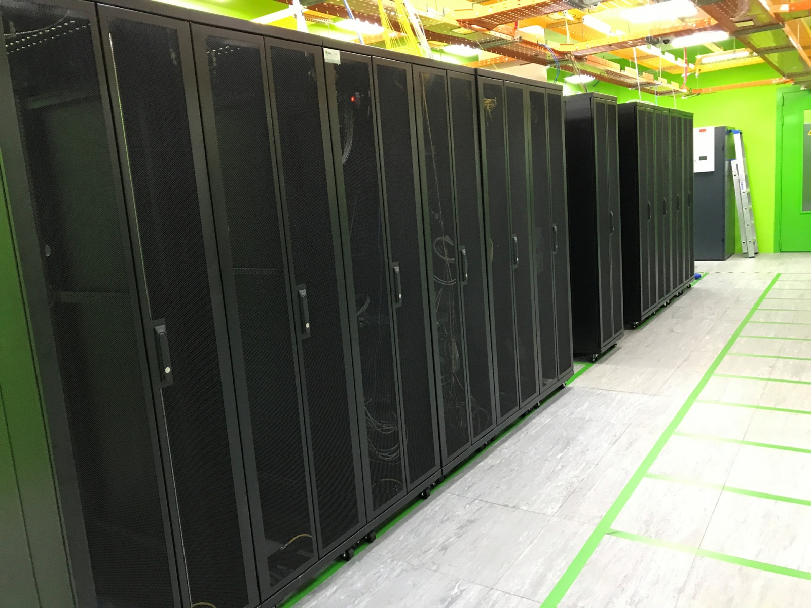 За какие заслуги Kingston любят центры обработки данных? Рассказывает 3data - 7
