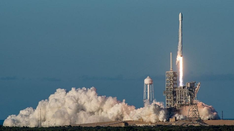 SpaceX сдает экзамен на индустриальную зрелость - 1