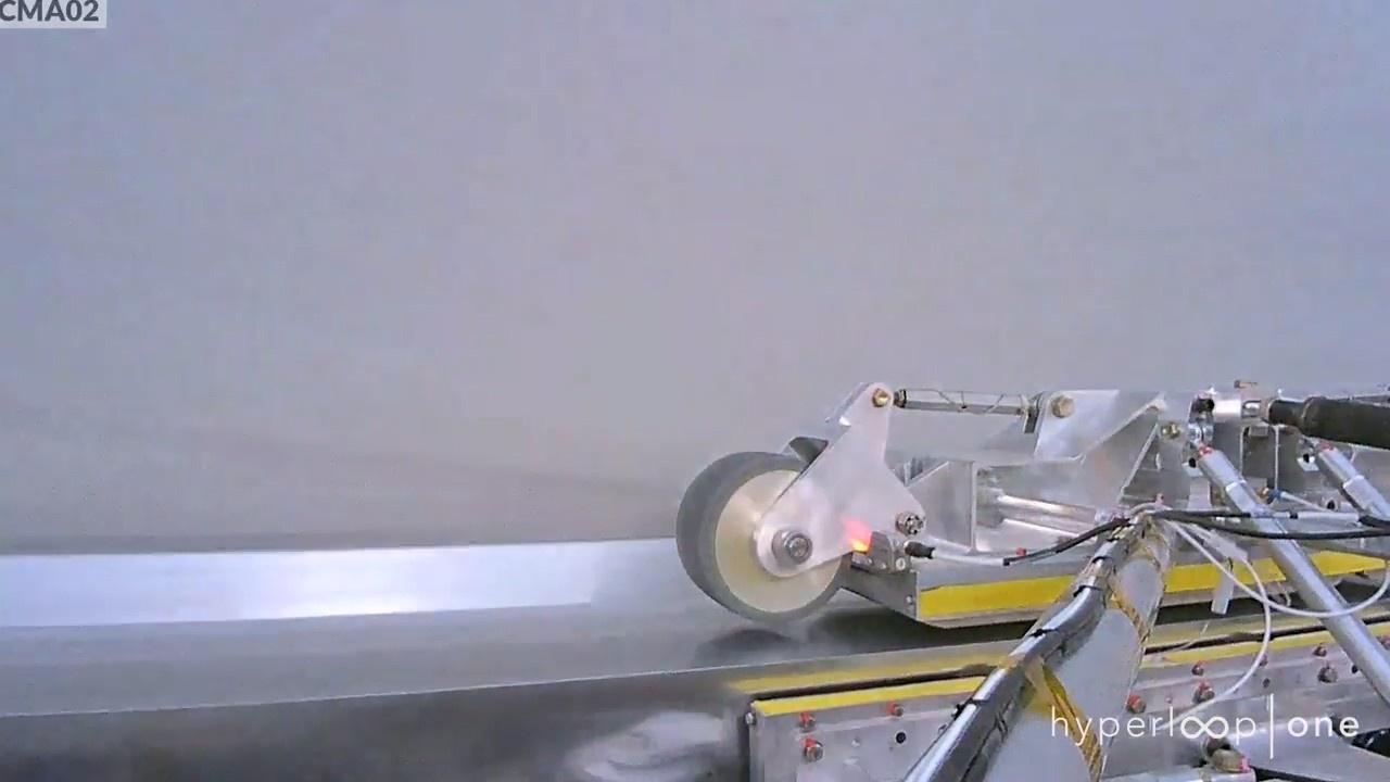 Hyperloop One впервые разогнала левитирующее шасси в техническом вакууме - 3