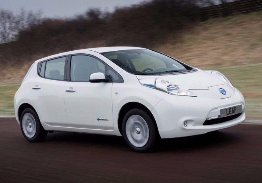Nissan представила машину без педали тормоза