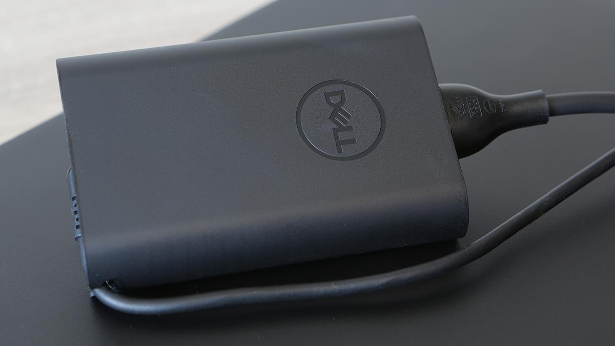 Dell Latitude 5289: долгоиграющий и компактный ноутбук-транcформер - 19